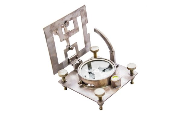 Mosiężny kwadratowy kompas słoneczny