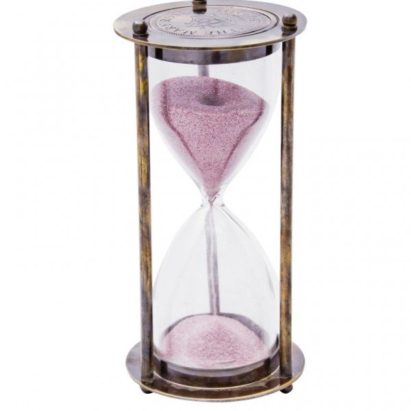 klepsydra z różowym piaskiem