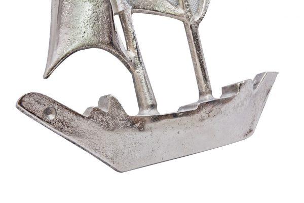 metalowy kadłub łodzi