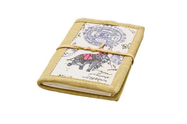 notes z okładką ze słonikiem