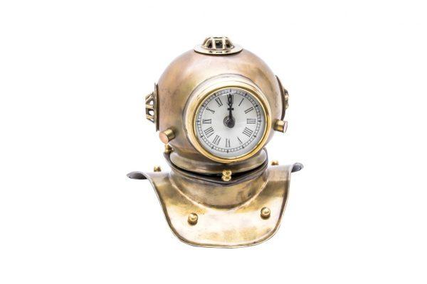 hełm płetwonurka - zegar