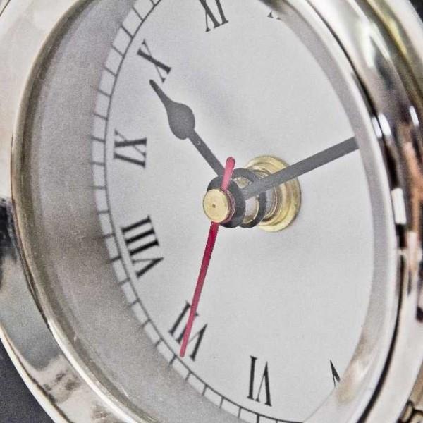 Zegar w aparacie