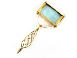 Duże, prostokątne mosiężne szkło powiększające z drucianą rączką