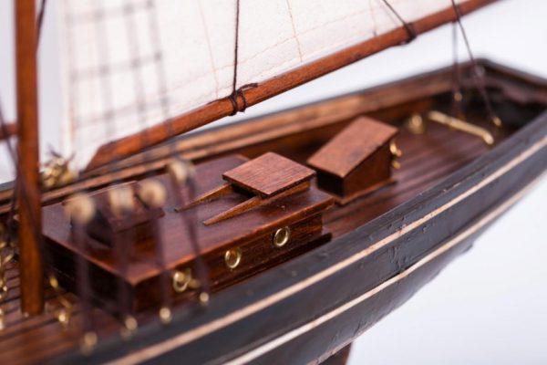 Model żaglowca Bluenose - rufa