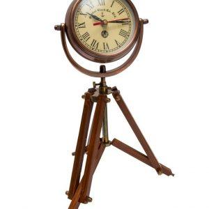 Aluminiowy zegar stojący