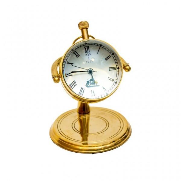 Mosiężny zegar stojący