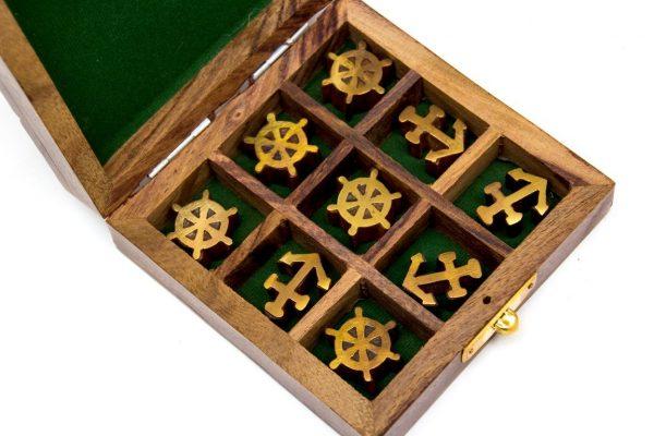 Pudełko kotwiczka i koło