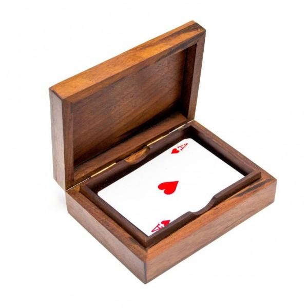 Talia kart w drewnianym pudełku