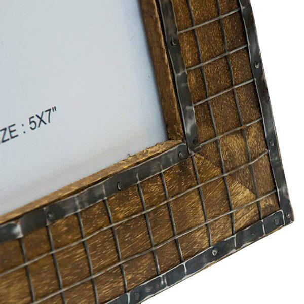ramka na zdjęcie z ciemnego drewna z siatka-13x18cm