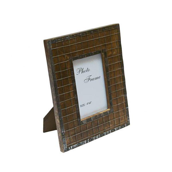Drewniana ramka z siatką 10x15 ciemna