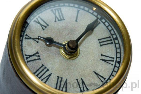 zegar stojący na biurko