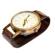 Stojący zegar na biurko