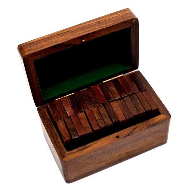 domino w pudełku