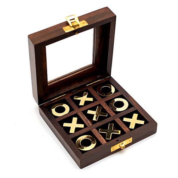 kółko i krzyżyk w pudełku