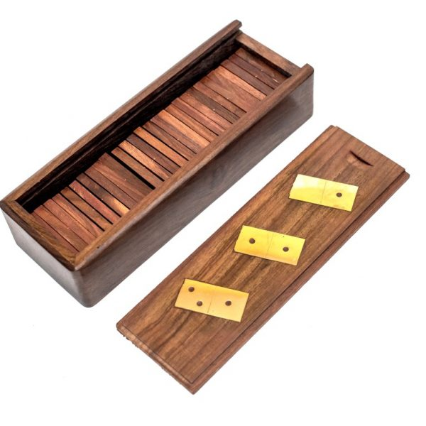 pudełko z zasuwka domino