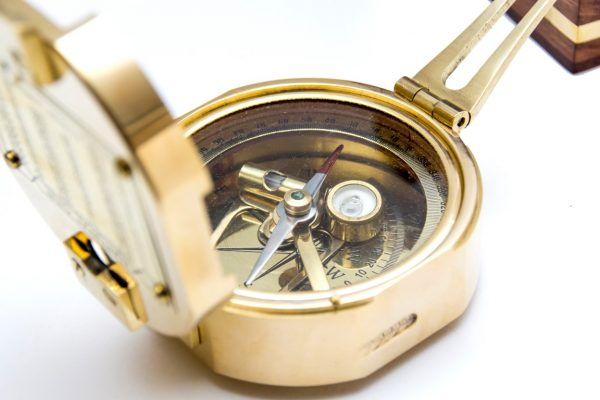Kompas - zbliżenie na detale
