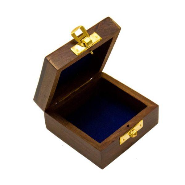 Otwarte pudełko drewniane z kotwiczką 10x10x5 cm