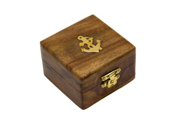 Pudełko z palisandru indyjskiego