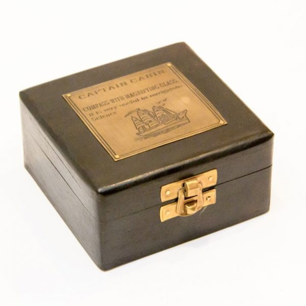Pudełko z palisandru z mosiężną tabliczką captain cab- 10x10cm