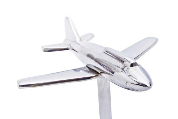 Zbliżenie na samolot