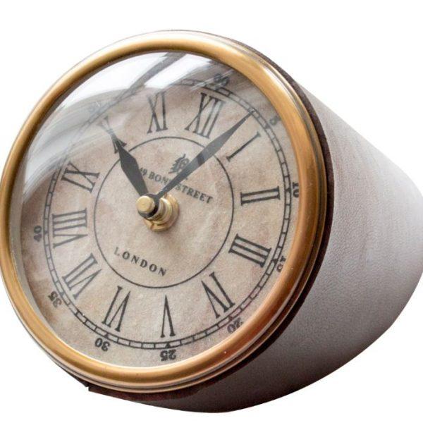 zegar na biurko oprawiony skórą
