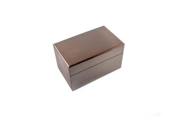 drewniane pudełko na klepsydre